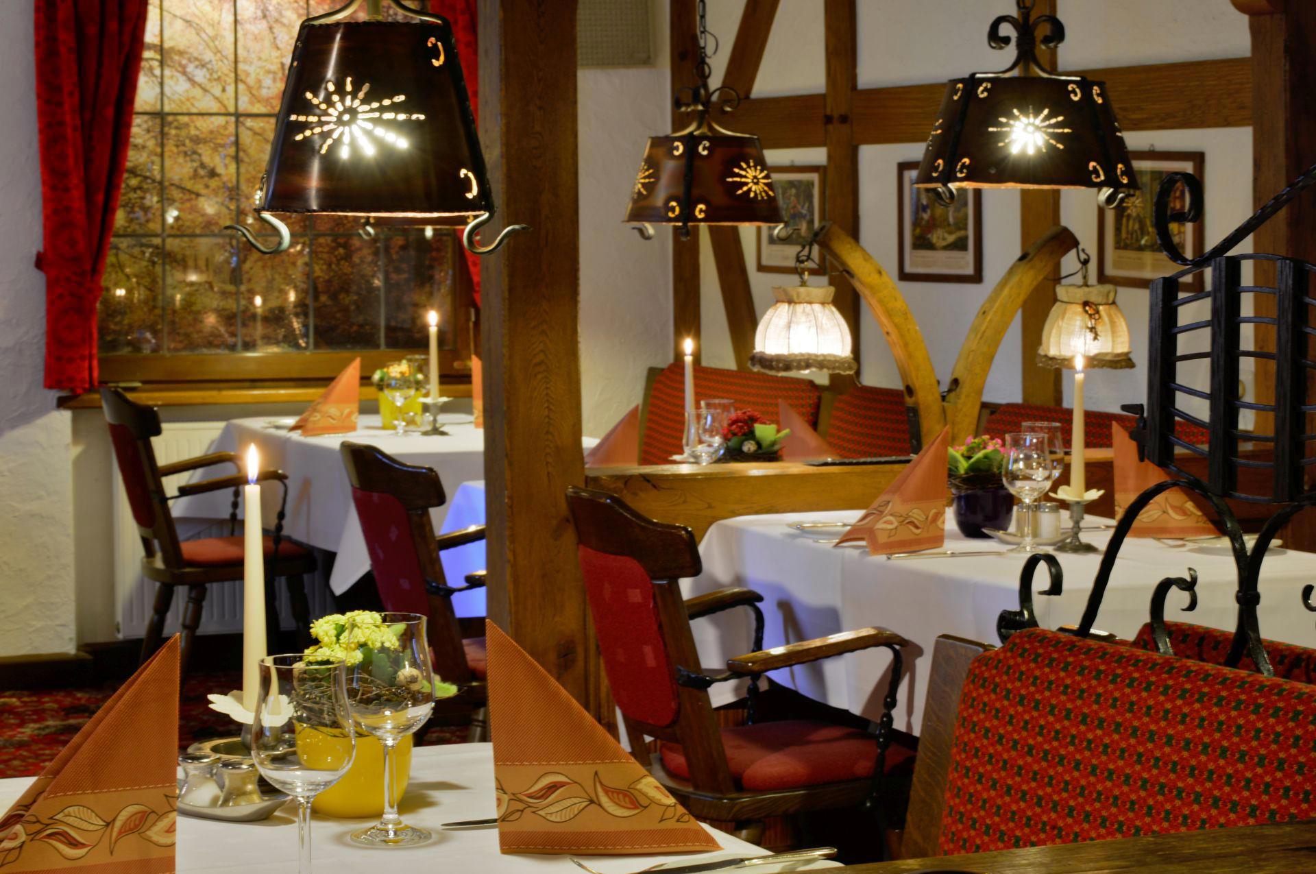 im restaurant des landhotels albers in schmallenberg kocht f r sie der chef pers nlich. Black Bedroom Furniture Sets. Home Design Ideas